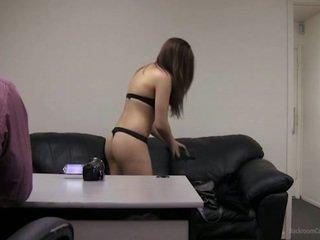 Putea eu lua mea clothes de pe?