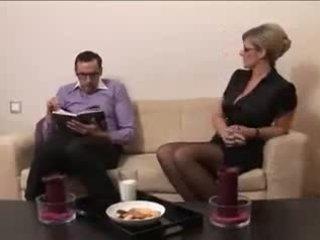 Pierced mammīte uz brilles, bezmaksas pieauguša porno 2f
