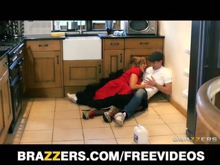 Hot british nanny does the plumber