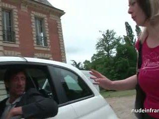 Френски милф трудно banged и jizzed на цици от а taxi driver