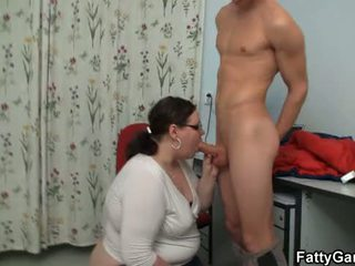 Big booty teacher lures young stud