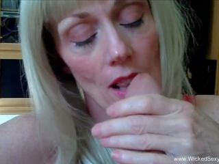 Horniest Amateur GILF Here, Free Wicked Sexy Melanie HD Porn