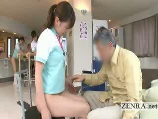 Pieauguša pacients licks jap nurses cunt un tūplis