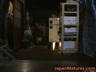 日本, 團體性交, 大胸部