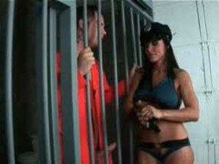 Gorące tyłek mama gra policja kobieta rides ogromny nastolatka chuj
