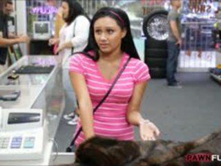 Jana posed naked on kamera in the gizlin otag of a pawnshop