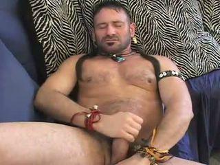 Anaal spelen muscle beer
