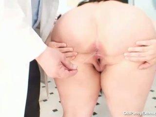 Голям цици дебели мама rosana gyno лекар examination