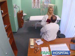 Fakehospital 新 護士 takes double 射精 從 角質 醫生