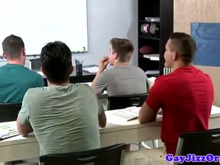 Sborrata loving insegnante dominated in classe