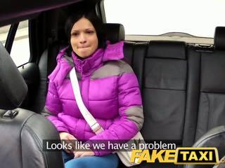 Faketaxi woman with big natural susu rides jago