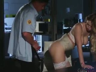 セキュリティ guard fucks accountant natalia starr で ザ· オフィス