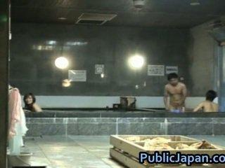 Haruka sasai ázijské female gangbangs jeden