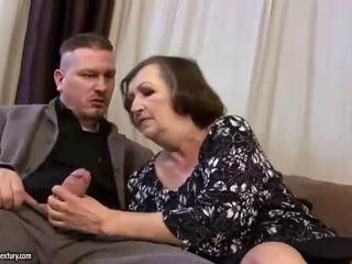 Xấu xí chất béo bà nội gets fucked lược cứng