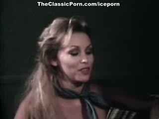 Juliet anderson, lisa de leeuw, sedikit oral annie dalam