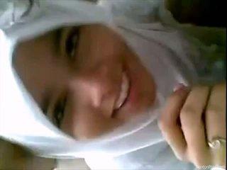 Csinos indonéziai lány gives leszopás