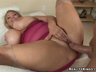 lielas krūtis, hardcore, milf