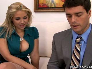blondīnes, lielas krūtis, birojs