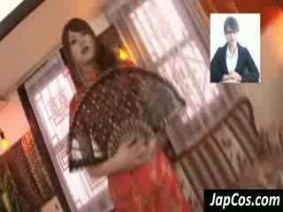 枯瘦 亞洲人 geisha gets teased