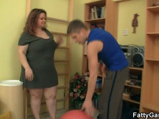 Ea bans ei fitnes instructor