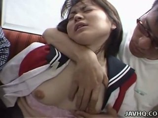 Jepang remaja di sekolah seragam has seks tiga orang