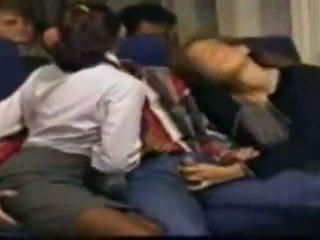 Kous stewardess seks (in de airplane)