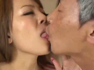 prsa, japonec, velká prsa