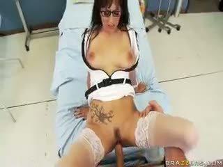 Sikme senin oral seks, sikme benim oral seks