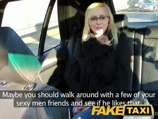 Faketaxi seksikäs nuori blondi sisään payback kosto
