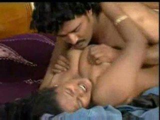 Warga india mallu pelakon wanita enjoying dengan costar dalam bluefilm sebahagian 2