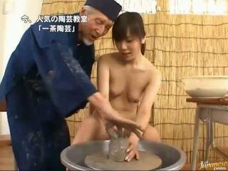 Warga asia getting yang rod