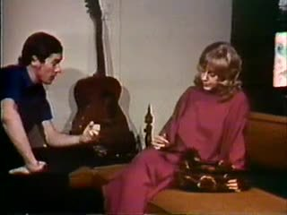 Blondīne uz melnas mežģīnes - john holmes kolekcija
