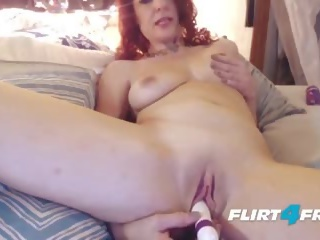Seksikas milf craves squirting