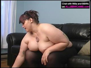 dicks lớn, ass liếm, khiêu dâm cô gái và người đàn ông trên giường