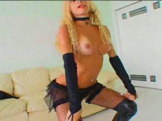 Yummy tranny in fishnet stockings works miracles