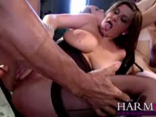 Gorgeous Sara Stone And Little Cutie Aiden Starr Indulge In