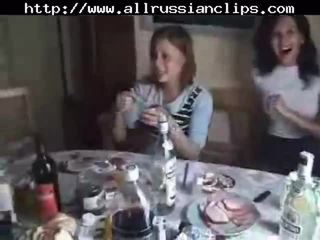 Rusa students sexo orgía parte 1 rusa cumshots tragada