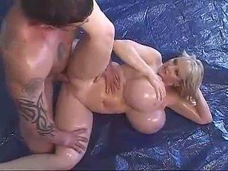 pornstars, õlitatud, mega big tits