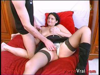 Pieauguša sans pieredze veut satisfaire ses besoins sexuels ! francūzieši amatieri