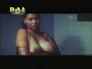 Mallu eroottinen kohtauksia kokoomateos [courtesy:http://spicymasalavideos.blogspot.com]
