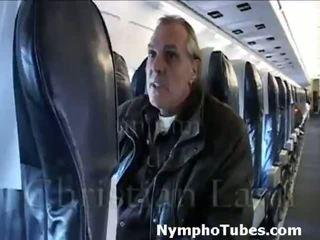 Pirang stewardesses blow guys - nymphotubes.com