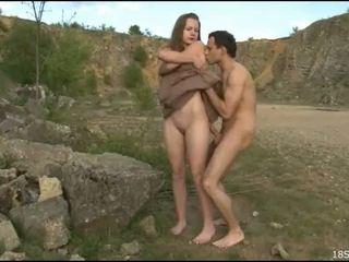 Niegrzeczne guy gets undressed