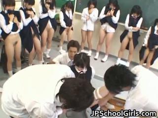 热 性别 女孩 在 学校 课堂