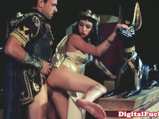 Egyptian babe sucking and fucking hard