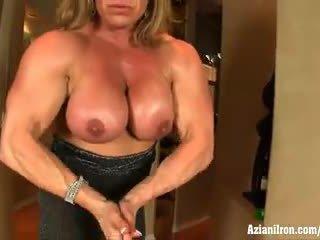 Aziani Iron mature bodybuilder Wanda Moore big clit