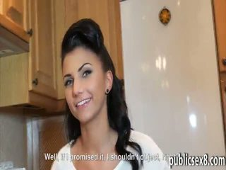 Чешка дівчина picked вгору і pounded в exchange для гроші
