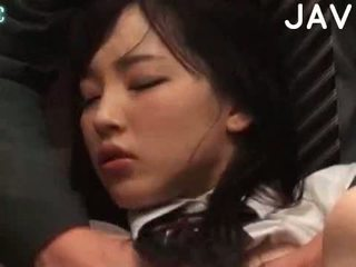 brunetta, giapponese, sborrata