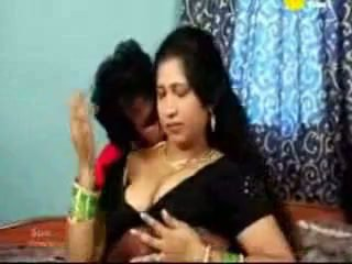 indian tamil mature aunty fucking with...