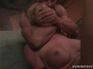 Момиче gets наказани и прецака груб