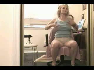 liels, tits, teasing